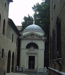 Tomba di DANTE nella Basilica di San Francesco, Ravenna